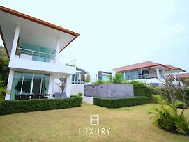 Phu Montra Villa With Ocean View A4 photos Exterior