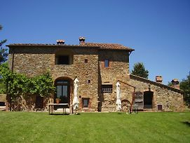 Charming Independent Villa In Tuscany With 3 Bedrooms And Private Pool. photos Exterior