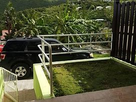 Over The Hill Guest House photos Exterior
