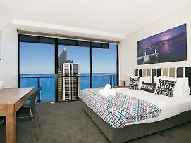 Circle 2 3 4 & 5 Bedroom Skyhomes & Sub Penthouses By Gold Coast Holidays photos Exterior