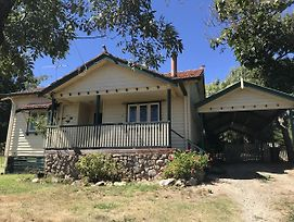 Cherry Blossom Cottage - Beechworth-Getaways photos Exterior