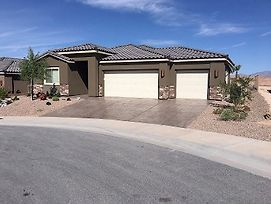 3 Bedroom Home In Mesquite #446 photos Exterior