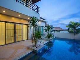 Villa Solor By Tropiclook: Shanti Style Nai Harn photos Exterior