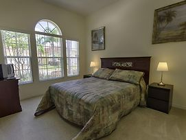 Hotel 1048 Tuscan Hills Blvd 4 Bedrooms photos Exterior