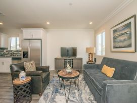 Newly Built Townhome In The Heart Of Hollywood photos Exterior