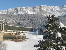 Studio In Villard De Lans With Wonderful Mountain View And Balcony 20 M From The Slopes photos Exterior