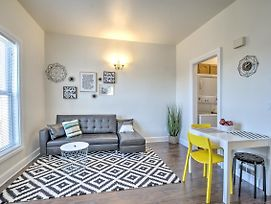 Renovated Bright 1 Bedroom In The Heart Of Capitol Hill - Apt B photos Exterior
