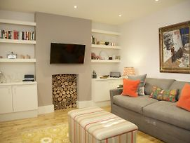 A Place Like Home - 1 Bedroom Apartment Close To Kings Road photos Exterior
