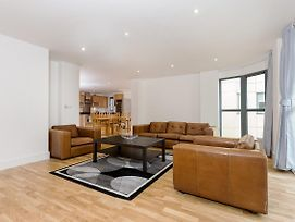 Spacious Flat With A Great View Of The Shard photos Exterior