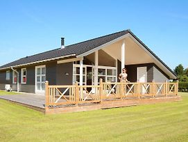 Three-Bedroom Holiday Home In Rodvig Stevns 1 photos Exterior