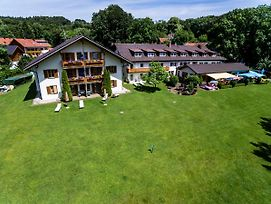 Landhotel Huber Am See photos Exterior