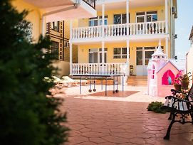 Lotos Zelyonaya Krysha Guest House photos Exterior