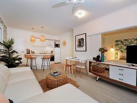 Retro Port Douglas Apartments photos Exterior