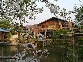 Chiangdao Wood House Homestay photos Exterior