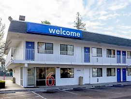 Motel 6 Porterville photos Exterior