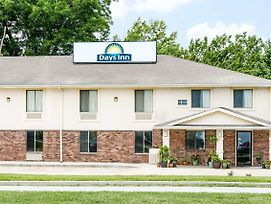 Days Inn By Wyndham Warrensburg photos Exterior