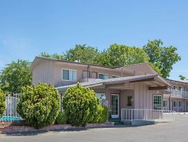 Days Inn By Wyndham Oroville photos Exterior