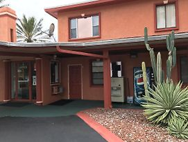 Red Carpet Inn Daytona Beach photos Exterior
