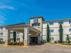 Motel 6 Dallas - North photos Exterior