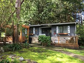 Sticks And Stones Cottage Arbutus Grove photos Exterior