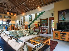 Villa Semua Suka The Ricefields Of Ubud 2Bd 2Ba A C Pool Best Bk'Fast In Bali photos Exterior