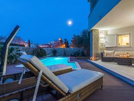 White Rose Lux Villa With Private Pool photos Exterior