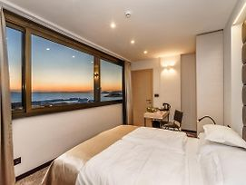 The View Luxury Rooms photos Exterior