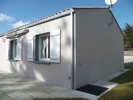 House With 3 Bedrooms In Saint Jean De Monts With Enclosed Garden 1 Km From The Beach photos Exterior