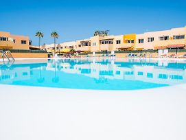 Delfines Sand Apartment In Corralejo With Pool 100 M To Beach photos Exterior