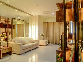2 Bedrooms Apartment At Sahid Residence By Travelio photos Exterior