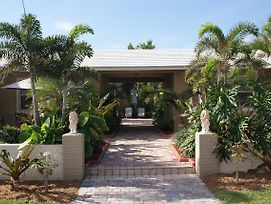 Atlantic Shores Vacation Villas photos Exterior