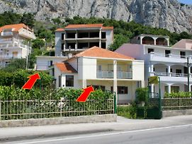 Apartments With A Parking Space Omis - 2751 photos Exterior