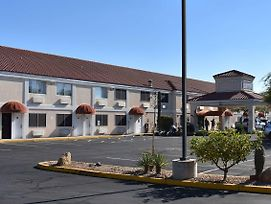 Motel 6 Apache Junction photos Exterior