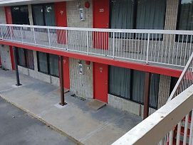 New Plaza Motel photos Exterior