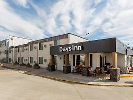 Days Inn By Wyndham Pierre photos Exterior