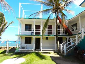 Mimundo Corn Island Hostel photos Exterior