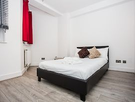 1 Bedroom Apartment Close To Museums In South Kensington photos Exterior
