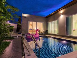 Private New Pool Villa Near Laguna photos Exterior