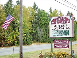 Eden Village Motel And Cottages photos Exterior