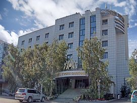 Tygyn Darkhan Hotel photos Exterior