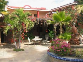 Hacienda De Palmas Room Library With One Queen Size Bed And One Single Bed In Separate Room photos Room