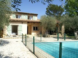 Modern Villa In Mouans-Sartoux With Swimming Pool photos Exterior