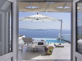 Santorini Secret Suites & Spa photos Exterior