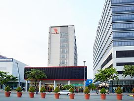 Red Planet Manila Aseana City photos Exterior