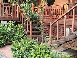 Ruean Mai Chai Khlong photos Exterior