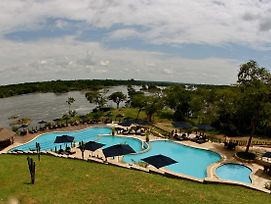 Chobe Safari Lodge photos Exterior