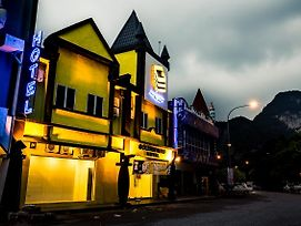 Golden Roof Hotel Sunway City Ipoh photos Exterior