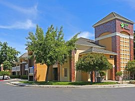 Extended Stay America - Sacramento - South Natomas photos Exterior