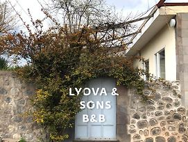 Lyova & Sons B&B photos Exterior