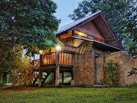 Mon Saeng Jun Homestay photos Exterior